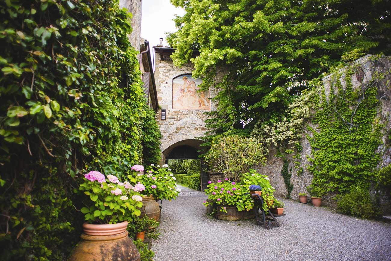Montalto in Toscana Castle