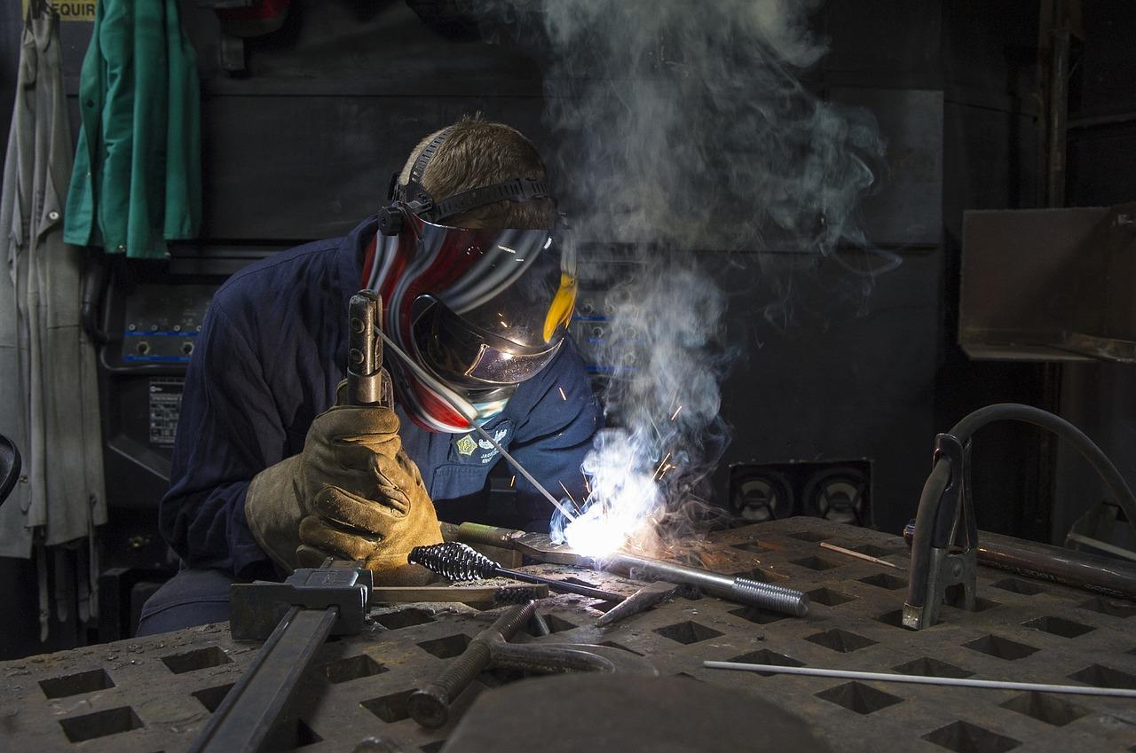 Short cycle stud welding